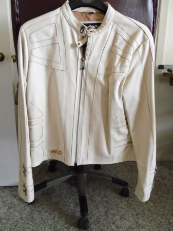 Leather HD Jacket (Ladies) Cream White - $300 (San Angelo, TX)