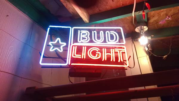 Man cave neon sign 200.00 obo - $200