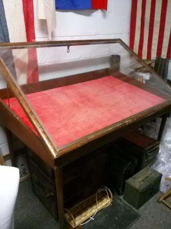 Glass Top Display Case  san angelo