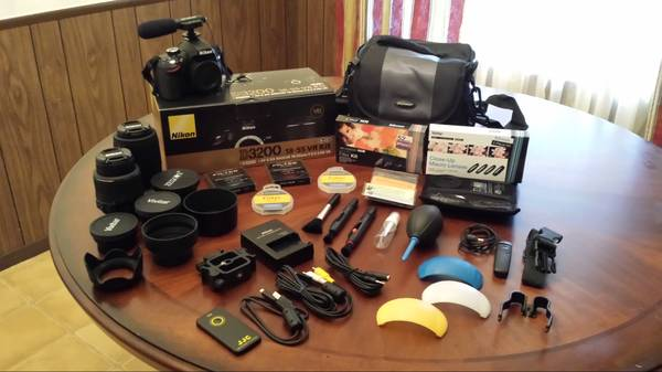Digital Camera - Nikon D3200 DLSR Bundle Package - $500 (San Angelo)