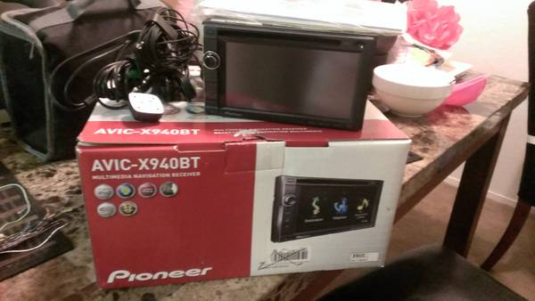 pioneer double din navigation ready  - $400