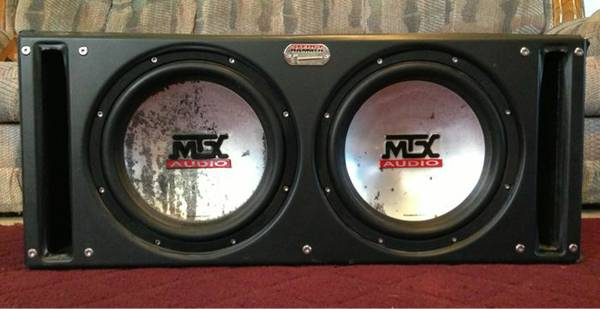 12 speakers in box - $150 (San Angelo)