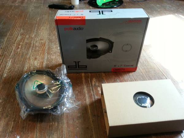 POLK AUDIO 5X7 WATER PROOF SPEAKERS - $100 (SAN ANGELO)