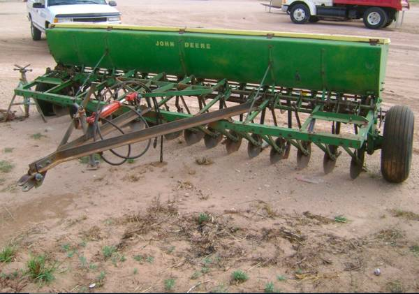 John Deere Grain Drill Ready to Plant - $2200