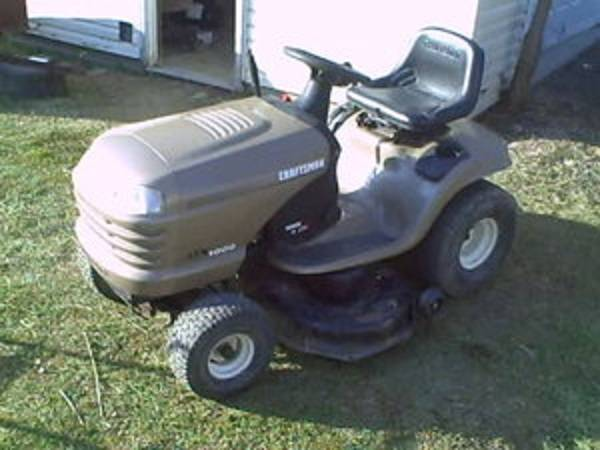 2004 Craftsman LTX-1000 Lawn Mower Briggs Stratton IC Engine - $450 (San Angelo)