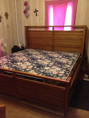 King size bed - $300 (Knickerbocker)