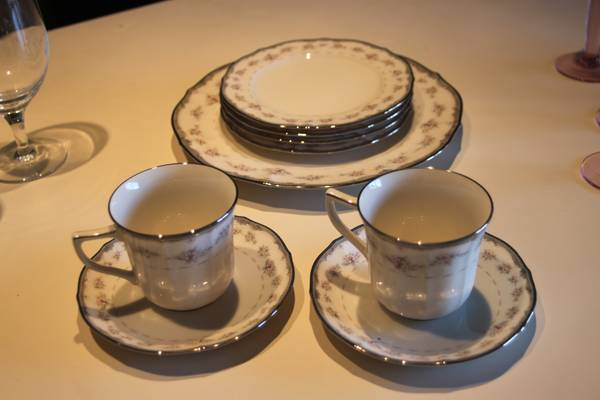 Noritake Ivory China - $100 (San Angelo)