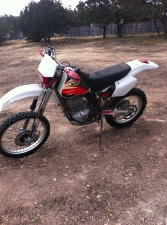 96 Honda XR400 dirtbike -   x0024 2500  Hunt  Tx