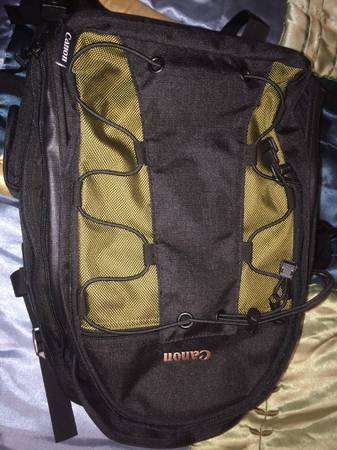 Canon camera backpack - used once -  50  San Angelo