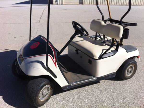 2001 EZGO GASOLINE Golf Cart -   x0024 1800  San Angelo