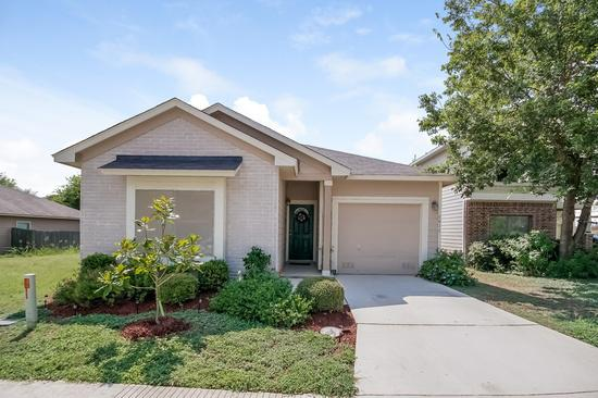 980  3br  Great opportunity for a first time home renter