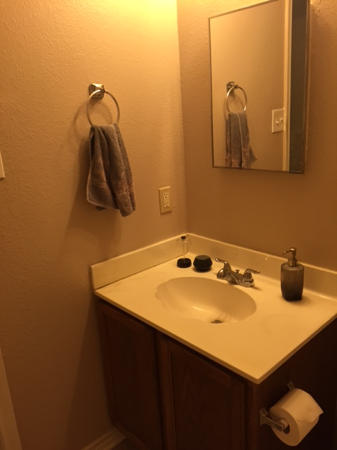 Room For Rent In Kyle Tx