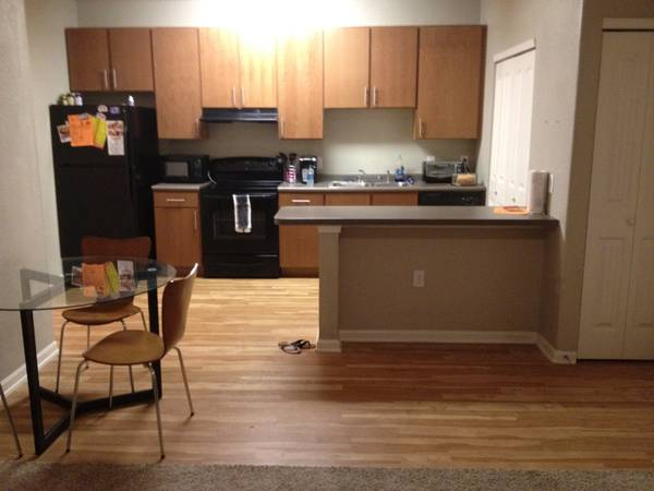 $620 1br - 977ftsup2 - FURNISHED Rerental Opportunity in Luxurious Setting near UTSA (Madera)
