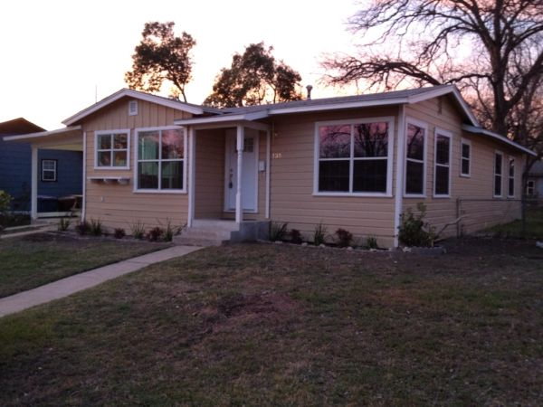 - $89999 1000ftsup2 - 3 Bedroom Fully remodeled Centrally Located 410 IH10 Vance Jackson (135 Freiling 78213)
