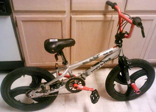 Tony Hawk bmx bike with 18 inch Wavy Mag Wheels - $49 (Nacogdoches Higgins Stahl Rd)