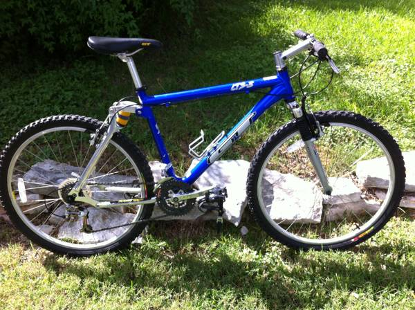 Vintage 1996 GT LTS-3 All Terra Mountain Bike - $200 (NE San Antonio)