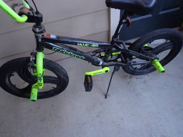 Tony Hawk kids BMX bike bicycle - $25 (s.a.)