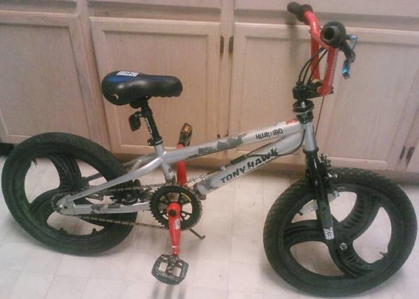 Tony Hawk BMX bike with Gyro and 18 inch wheels - $49 (Nacogdoches Stahl Higgins Oconnor)