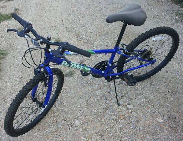 Mens  Womens  Childrens Bikes (Seguin)