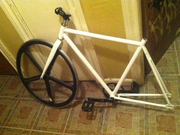 Fixed gear 52 in  AEROSPOKE - $300 (W San Antonio )