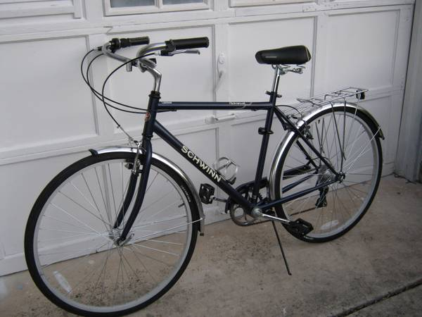 schwinn 7 speed like new - $150 (I-10  1604)