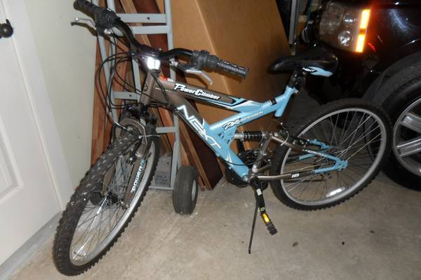 2 New Mountain Bikes For Sale (ridden once) - $70 (Kerrville )