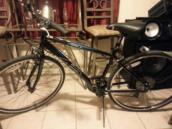 K2 Astral 1.0 Mountain Bike 28 inch - $200 (Northwest)
