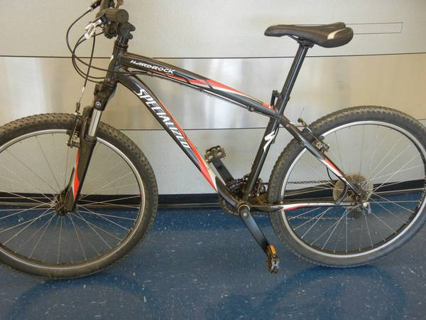 Specialized 26 inch mens mountain bicycle - $250 (NW San Antonio)