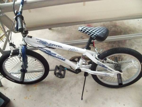 20 Mongoose boys bike - $70 (I-10DeZavala)