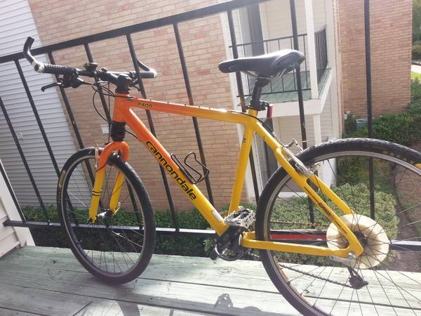 GOOD CONDITION Cannondale F400 - $500