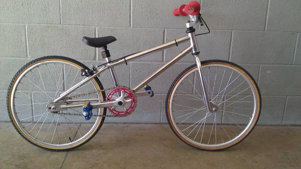 GT  MICRO MINI bmx racing BIKE, Awesome junior GT BMX  excellent  - $375 (281 northCanyon Lake)