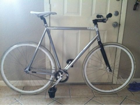 Charge Plug Racer fixed gearSS - $400 (San Antonio)