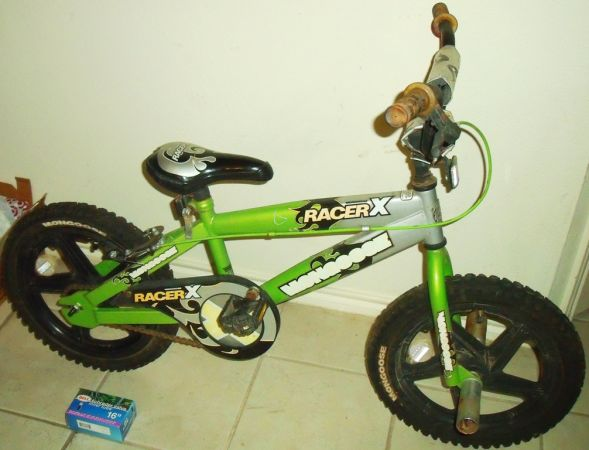 Mongoose BMX bike with 16 Mag Wheels, Front Pegs, New Rear Tire Tube - $39 (Schertz 3009)