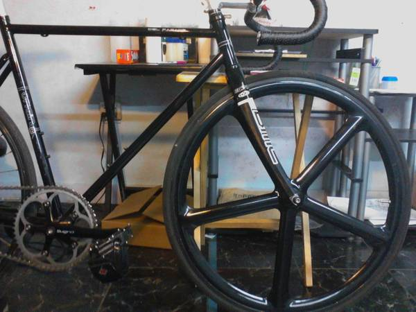 AEROSPOKE (black, front) - $225 (South of Downtown)