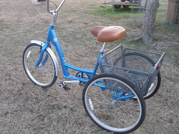Adult 3-wheel Bicycle-brand new - $400 (Cibolo (1604 RAFB))