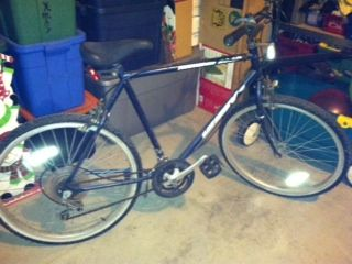 Huffy Thunder Road 18 speed - $30 (Cibolo)
