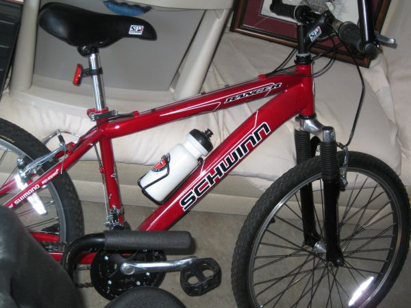 Mens Schwinn Ranger 21 speed mountain bike - $130 (San Antonio)