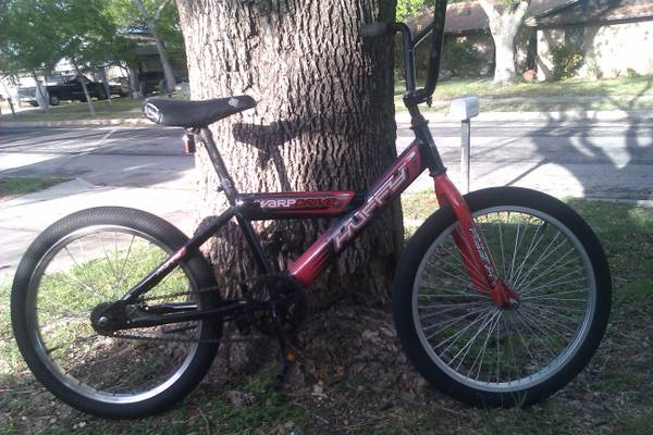 KIDS BOYS 20 INCH HUFFY BMX BIKE - $35 (NW SA)
