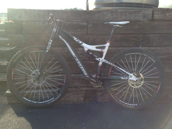 Cannondale 29er Carbon Mountain Bike - $4700 (Hill Country)