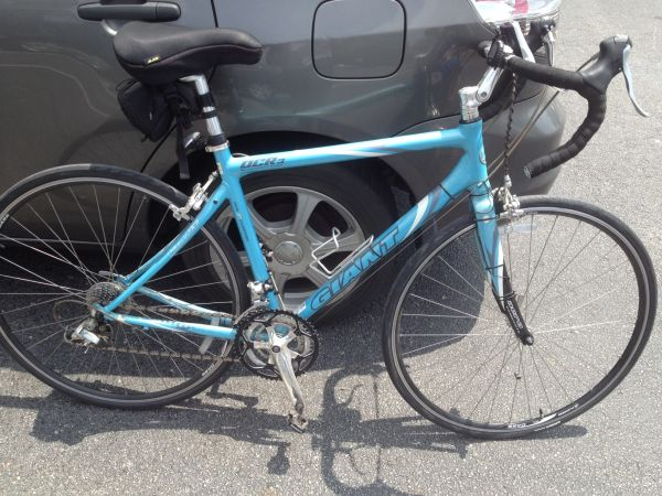 Road bike - Womens Giant OCR3 - $500 (northwest)
