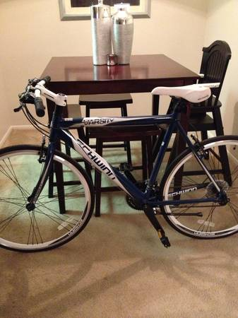 Schwinn 700c Varsity Road Bike - $200 (North)