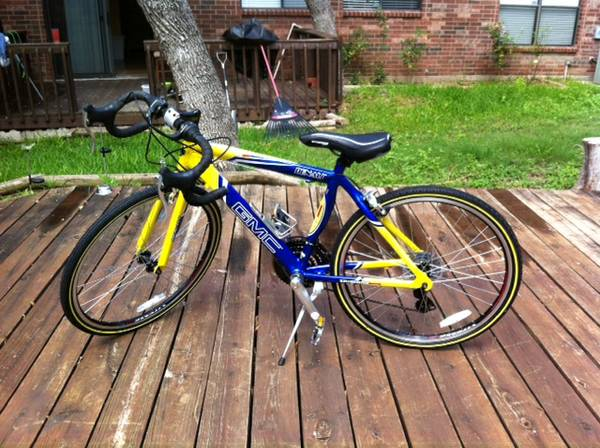 GMC Denali 24 boyschild road bike - $195 (Bandera and 1604)