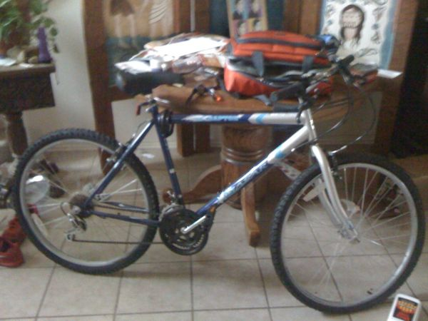 Quasar Mountain Bike 4 Sale - $20 (San Antonio)