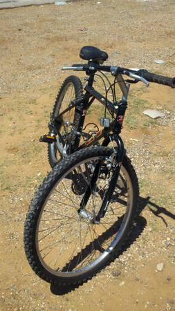 GT PALOMAR ALUMINUM MOUNTAIN BIKE CHEAP - $85 (san antonio)