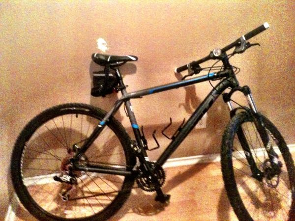 2011 Gary fisher mamba 29er. 21 bike  - $950 (Cibolo, tx)