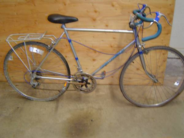 Vintage Huffy Gran Chion 10 Speed - $100 (San Marcos,Texas)