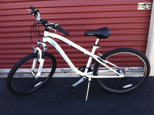 26 Schwinn Sidewinder Womens Mountain Bike Bicycle - $95 (San Antonio, TX)