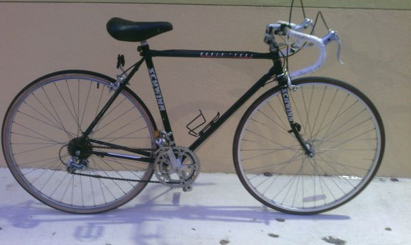 Schwinn World Sport Road Bike - $100 (San Antonio)