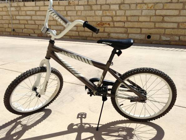 Boys Huffy Pro Thunder 20 Bike Bicycle - $75 (NW Side - Ridge of Sonoma Verde)