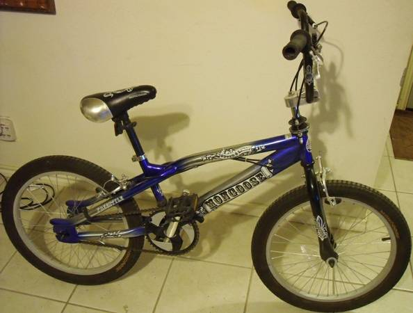 Mongoose BMX Freestyle bike with 20 wheels and Gyro - $64 (Schertz 78154)